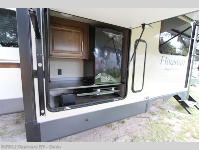 2019 Forest River Flagstaff Super Lite 29RSWS - New Travel Trailer For Sale by Optimum RV in Ocala, Florida features Slideout