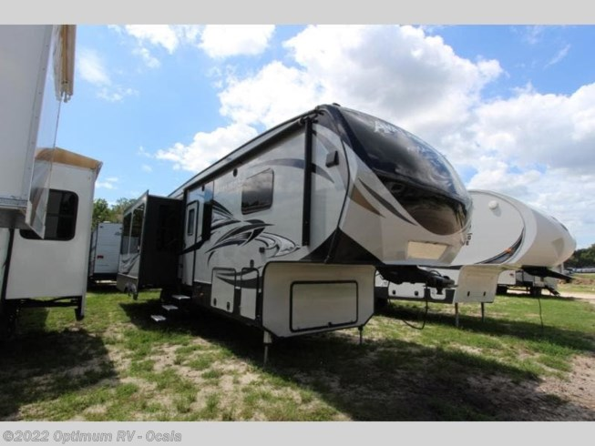 Used 2017 Keystone Avalanche 300RE available in Ocala, Florida