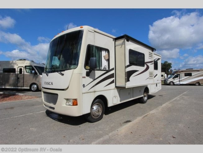Used 2014 Itasca Sunstar 26HE available in Ocala, Florida