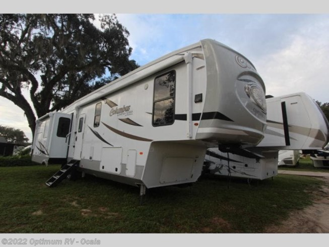 New 2021 Palomino Columbus Compass 378MBC available in Ocala, Florida