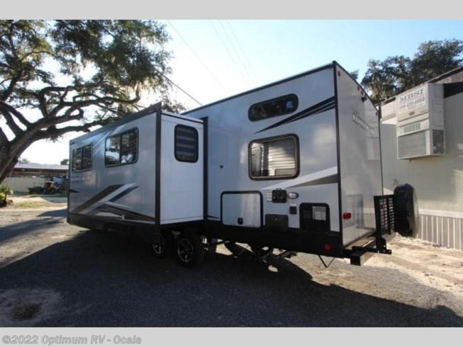 New 2021 Forest River Cherokee Alpha Wolf 26DBH-L available in Ocala, Florida