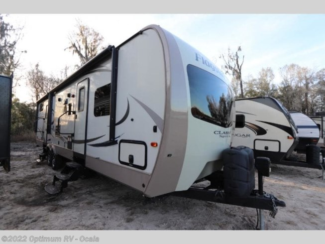 Used 2017 Forest River Flagstaff Classic Super Lite 831BHDS available in Ocala, Florida