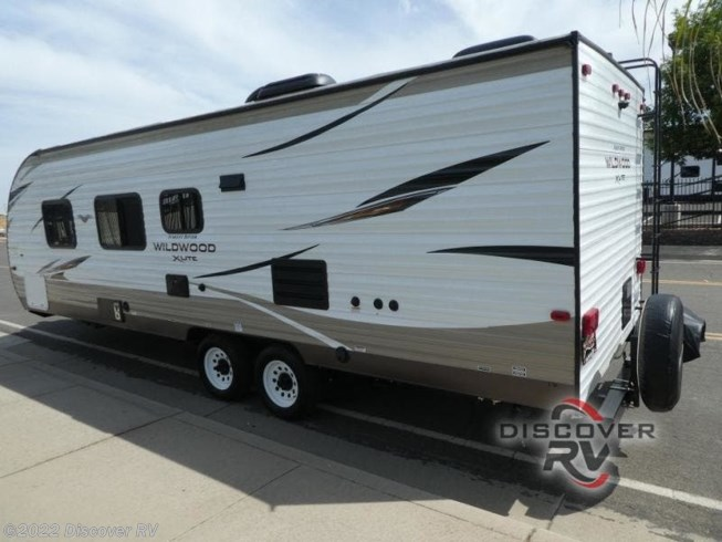 Used 2019 Forest River Wildwood X-Lite 261BHXL available in Lodi, California