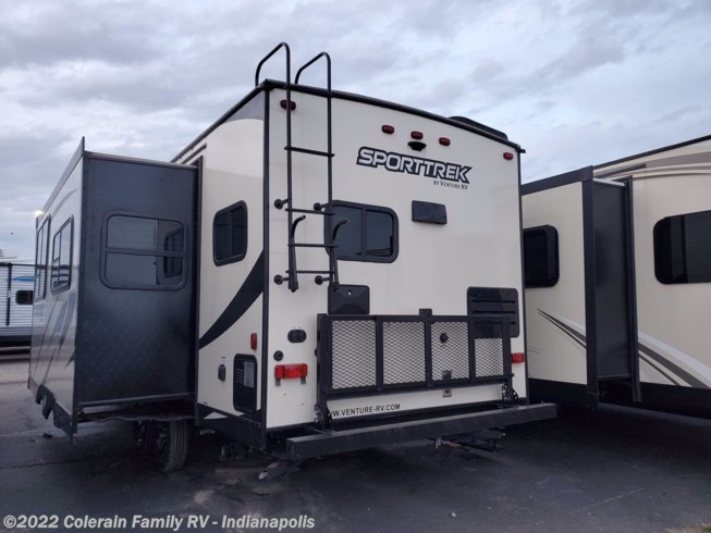 2002 SportTrek Sport Trek by Venture RV from Colerain RV of Indy in Indianapolis, Indiana