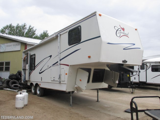 Used 1998 Forest River Cardinal 25RKS available in  Paynesville, Minnesota
