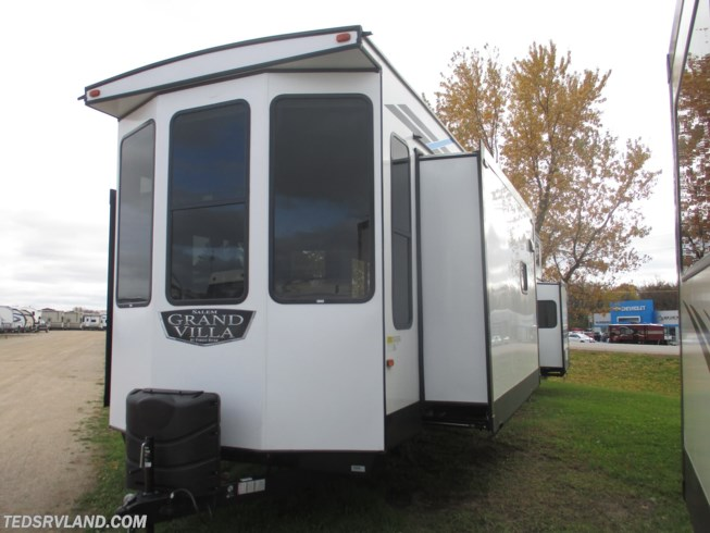 2020 Forest River Salem Grand Villa 42FLDL - New Destination Trailer For Sale by Ted's RV Land in  Paynesville, Minnesota