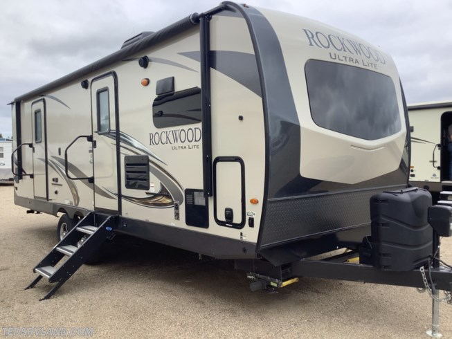 Used 2019 Forest River Rockwood Ultra Lite 2608BS available in  Paynesville, Minnesota