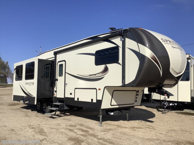 Used 2019 Keystone Sprinter Campfire 32FWBH available in  Paynesville, Minnesota