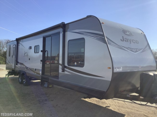 2021 Jayco Jay Flight 38BHDS - New Destination Trailer For Sale by Ted's RV Land in  Paynesville, Minnesota features Toilet, Exterior Speakers, Queen Bed, U-Shaped Dinette, Oven