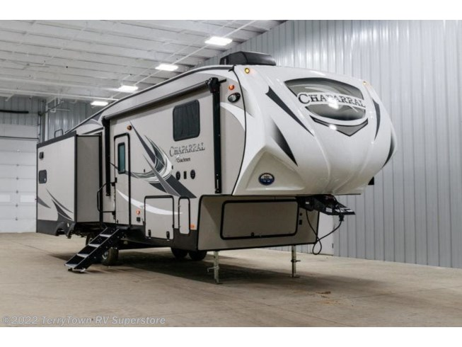 New 2020 Coachmen Chaparral 27RKS available in Grand Rapids, Michigan