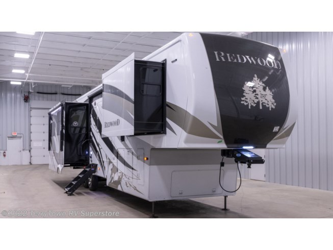 New 2021 CrossRoads Redwood 3911RL available in Grand Rapids, Michigan