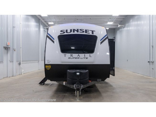 2021 CrossRoads Sunset Trail Super Lite 222RB - New Travel Trailer For Sale by TerryTown RV Superstore in Grand Rapids, Michigan