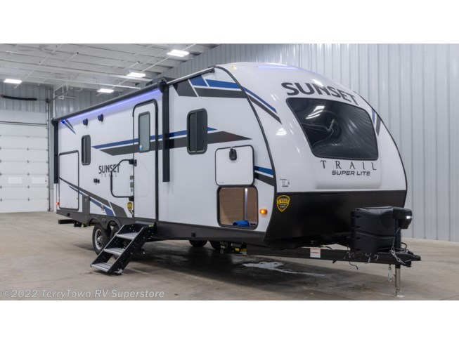 2021 Sunset Trail Super Lite 222RB by CrossRoads from TerryTown RV Superstore in Grand Rapids, Michigan