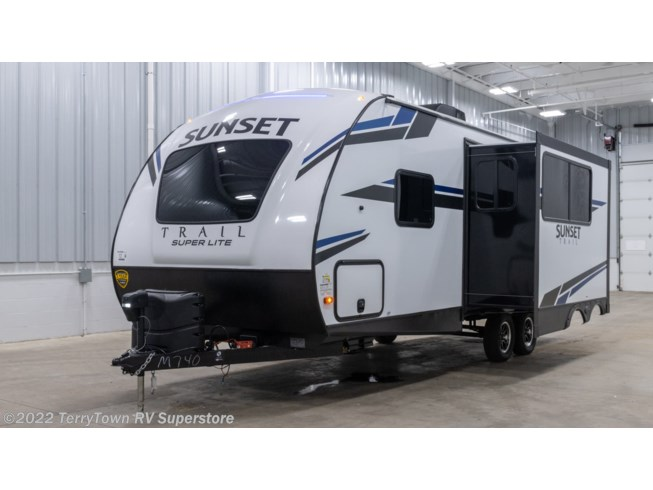 New 2021 CrossRoads Sunset Trail Super Lite 222RB available in Grand Rapids, Michigan