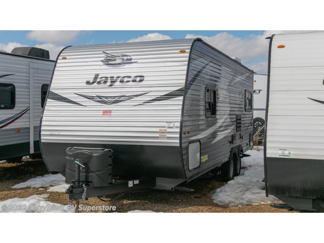 2020 Jayco Jay Flight 212QB - Used Travel Trailer For Sale by TerryTown RV Superstore in Grand Rapids, Michigan