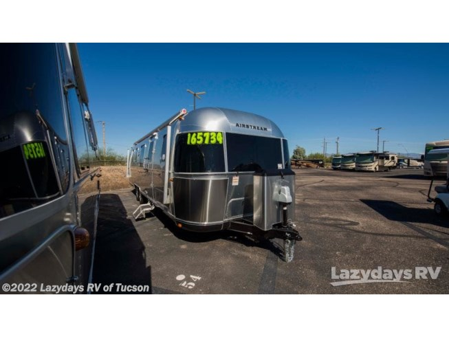 New 2019 Airstream Classic 33FB Twin available in Tucson, Arizona