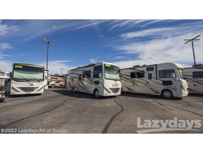 New 2019 Thor Motor Coach Hurricane 27B available in Tucson, Arizona