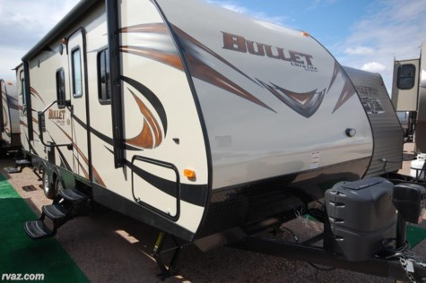 B 2017 Keystone Bullet 2070bh With Murphy Bed Amp Bunks