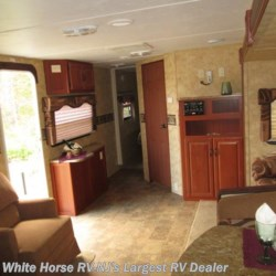 2009 Keystone Outback 286FK Front Kitchen Slide-out  - Travel Trailer Used  in Egg Harbor City NJ For Sale by White Horse RV Center (Galloway Twp) call 609-404-1717 today for more info.