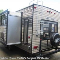 White Horse RV Center (Galloway Twp) 2018 Grey Wolf 26RL  Travel Trailer by Forest River | Egg Harbor City, New Jersey