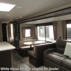 White Horse RV Center (Galloway Twp) 2018 Cherokee 304R  Travel Trailer by Forest River | Egg Harbor City, New Jersey