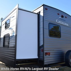 White Horse RV Center (Galloway Twp) 2018 Catalina 313DBDSCK  Travel Trailer by Coachmen | Egg Harbor City, New Jersey