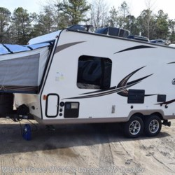 White Horse RV Center (Galloway Twp) 2017 Rockwood Roo 19  Expandable Trailer by Forest River | Egg Harbor City, New Jersey