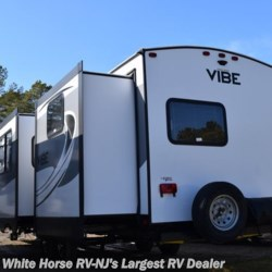 White Horse RV Center (Galloway Twp) 2018 Vibe 307BHS  Travel Trailer by Forest River | Egg Harbor City, New Jersey