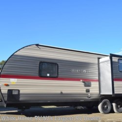 White Horse RV Center (Galloway Twp) 2018 Grey Wolf 23MK Rear Living Room Slide-out U booth  Travel Trailer by Forest River | Egg Harbor City, New Jersey