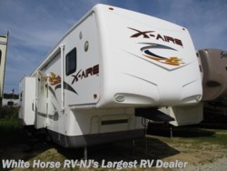 2008 Newmar X-Aire 38CKTH Triple Slide, Generator & Rear Garage