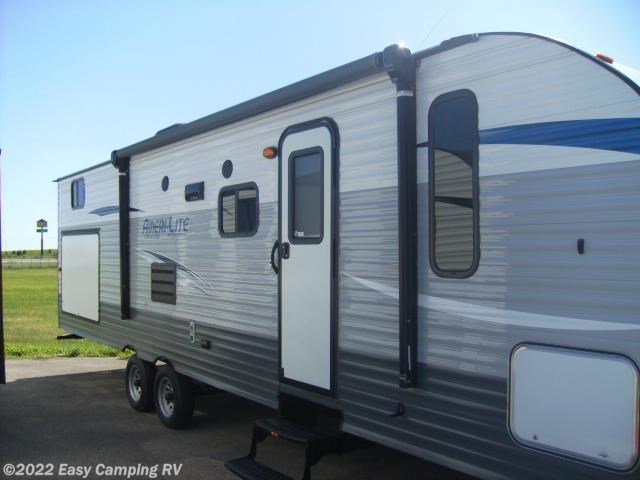 Used 2018 Gulf Stream Ameri-Lite 279BH available in Nevada, Iowa