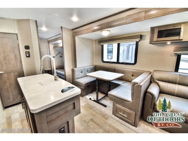2020 Forest River Rockwood Signature Ultra Lite 8327SB - New Travel Trailer For Sale by TGORV in Greeley, Colorado