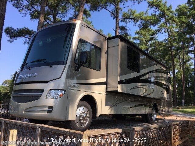 Used 2015 Winnebago Sightseer 33C  (in Terrell, NC) available in Salisbury, Maryland