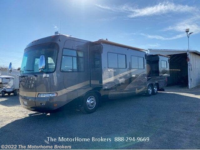 Used 2003 Monaco RV Executive 40 PBDD (in Sacramento, CA) available in Salisbury, Maryland