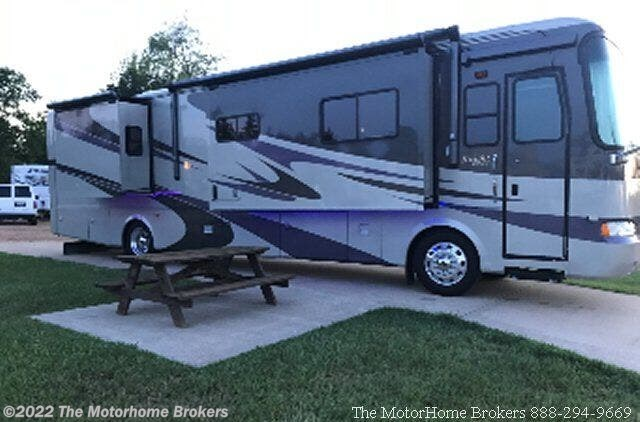 Used 2006 Monaco RV Knight 40PLQ (in Asheville, NC) available in Salisbury, Maryland