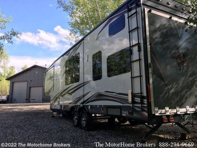 Used 2013 Jayco Seismic 3210    SOLD available in Salisbury, Maryland