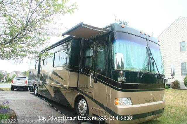 2004 Mandalay 40D (SOLD) by Thor Motor Coach from The Motorhome Brokers in Salisbury, Maryland