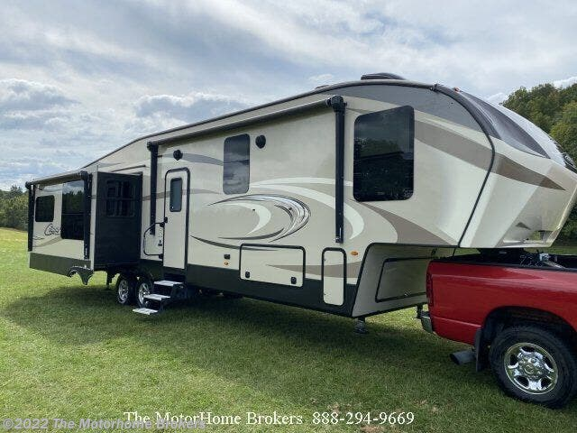 Used 2018 Keystone Cougar 359MBI (in Amherst, VA) available in Salisbury, Maryland
