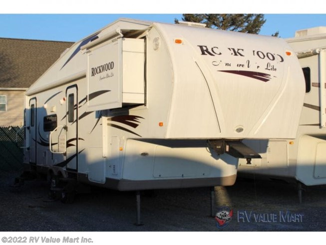 Used 2011 Forest River Rockwood Signature Ultra Lite 8285WS available in Lititz, Pennsylvania
