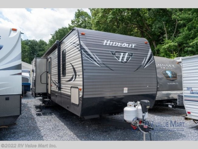 Used 2017 Keystone Hideout 32BHTS available in Lititz, Pennsylvania