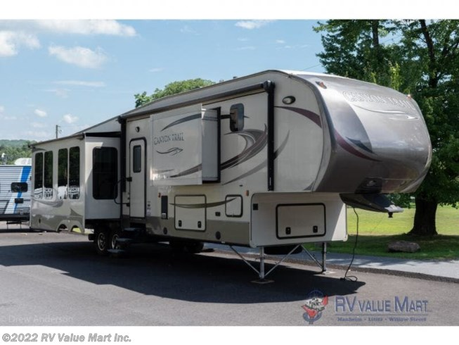 Used 2015 Gulf Stream Canyon Trail 36FBQS available in Lititz, Pennsylvania