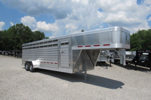 Livestock Trailer - 2019 Featherlite 8117-6724 available New in Mt. Vernon, IL