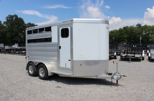 Horse Trailer - 2012 CM Trailers HB142 available Used in Mt. Vernon, IL