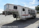 2005 Featherlite 4 Horse GN 6' insulated DR...