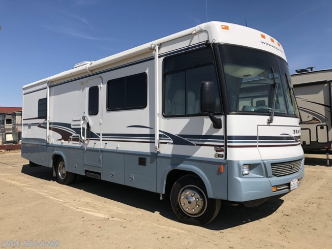 2004 Winnebago Brave WPF30W
