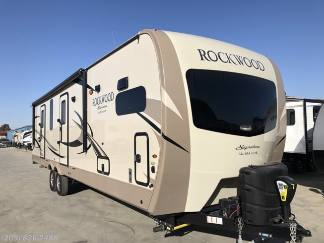 2019 Forest River Rockwood Signature Ultra Lite 8335BSS