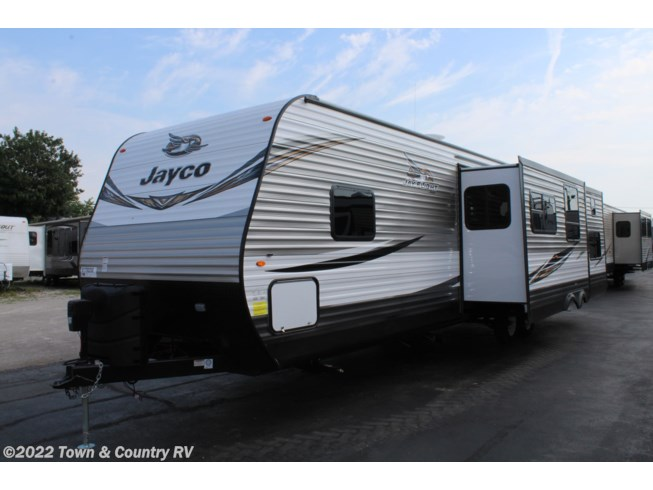 New 2019 Jayco Jay Flight 33RBTS available in Clyde, Ohio