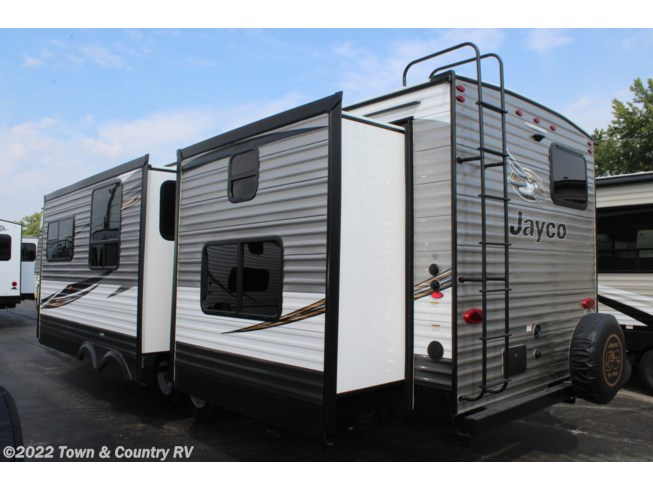 2019 Jayco Jay Flight 33RBTS - New Travel Trailer For Sale by Town & Country RV in Clyde, Ohio