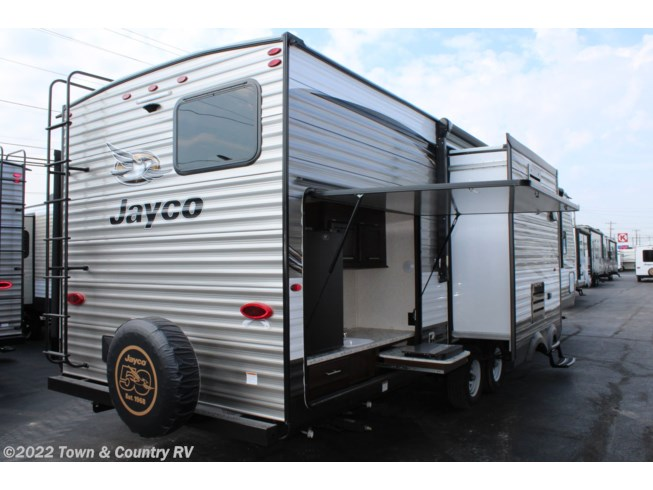 2019 Jay Flight 33RBTS by Jayco from Town & Country RV in Clyde, Ohio