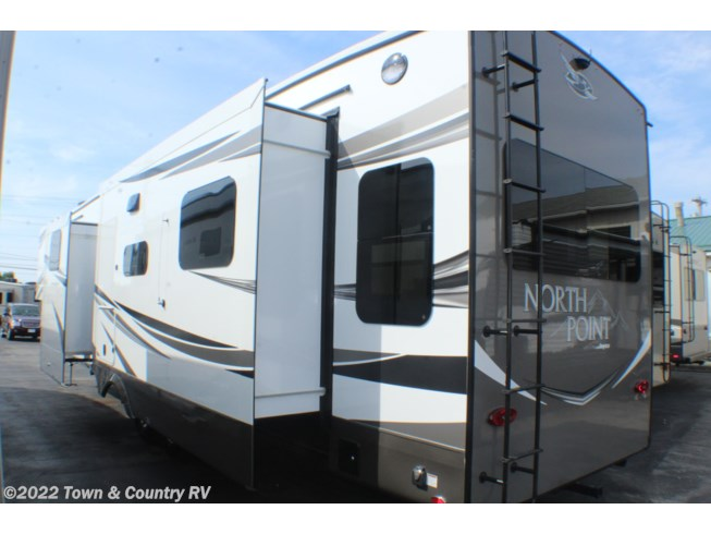 2020 Jayco North Point 377RLBH - New Fifth Wheel For Sale by Town & Country RV in Clyde, Ohio features Refrigerator, Air Conditioning, CO Detector, Water Heater, Smoke Detector